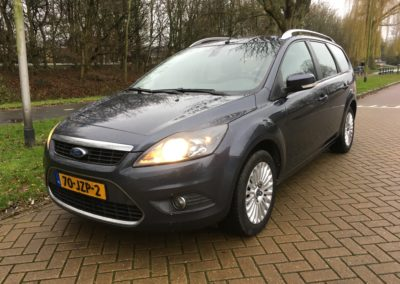010automotive rotterdam ford focus grijs 01