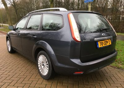 010automotive rotterdam ford focus grijs 02